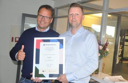 Insula receives the Diversity Award